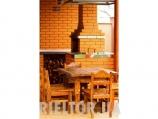 Аренда дома с бассейном посуточно Софиевская Борщаговка - стол в барбекю