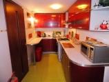 Аренда дома посуточно в Зазимье!  - кухня