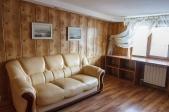 Аренда дома в центре, Русановские сады, МВЦ! - кожаный диван