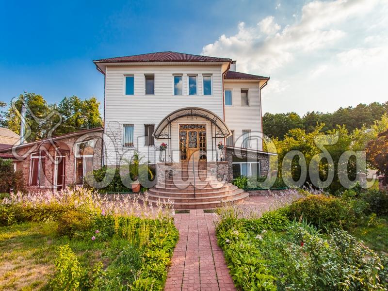 Аренда дома посуточно Белогородка,с бассейном! - фасад дома