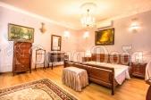 Аренда дома посуточно Белогородка,с бассейном! - спальня на втром этаже