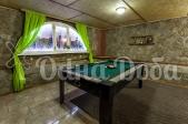 Аренда дома с бассейном посуточно Софиевская Борщаговка - бильярдный стол