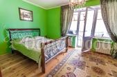 Аренда дома с бассейном посуточно Софиевская Борщаговка - спальня салатовая
