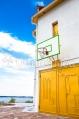 Аренда коттеджа посуточно на высоком берегу Днепра, с бассейном! - баскетбольное кольцо