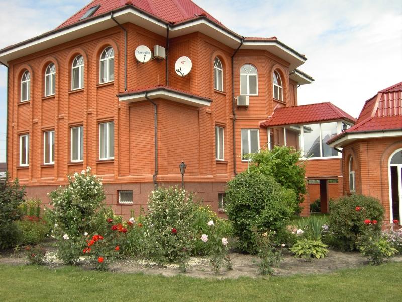Аренда дома в с. Гатное - фасад дома