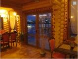 Дом м.Гидропарк с банкетным залом - стеклянная дверь